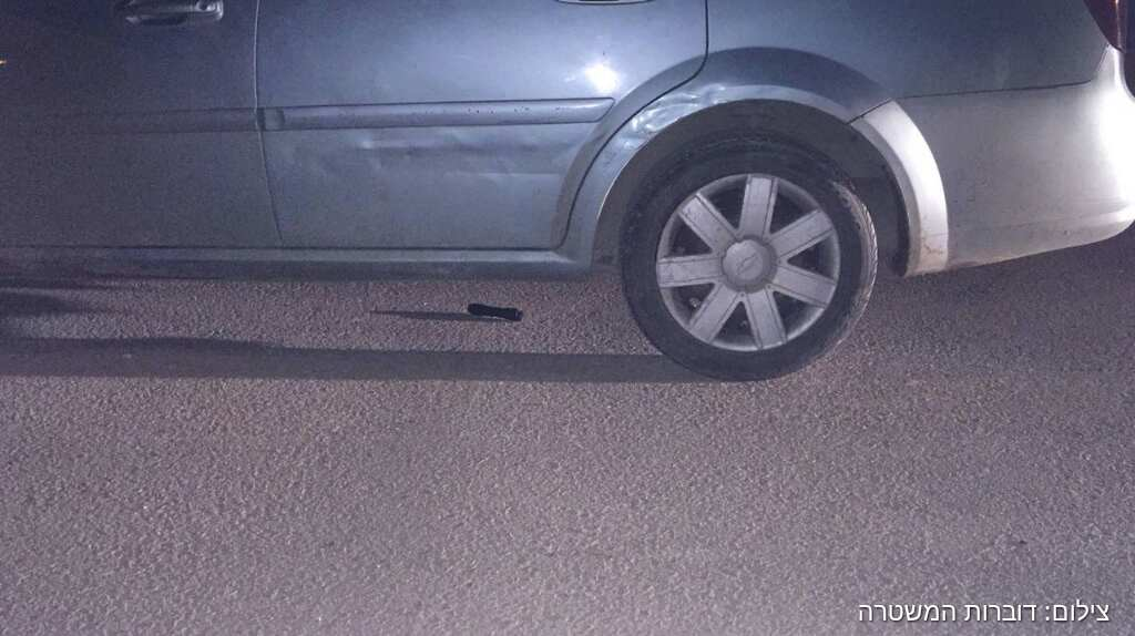 """טובא זנגרייה: מטען צינור הושלך מרכב שניסה להימלט משוטרי מג""""ב"""