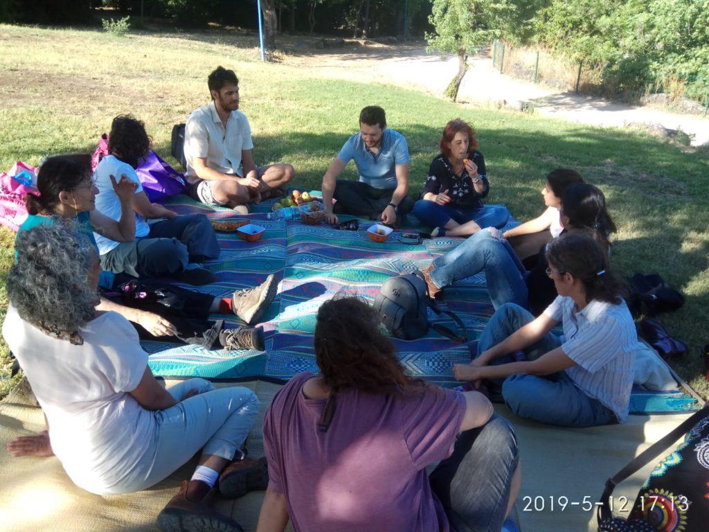 מים חיים: סדנה בינלאומית למדע קהילתי בנחל עין זהב