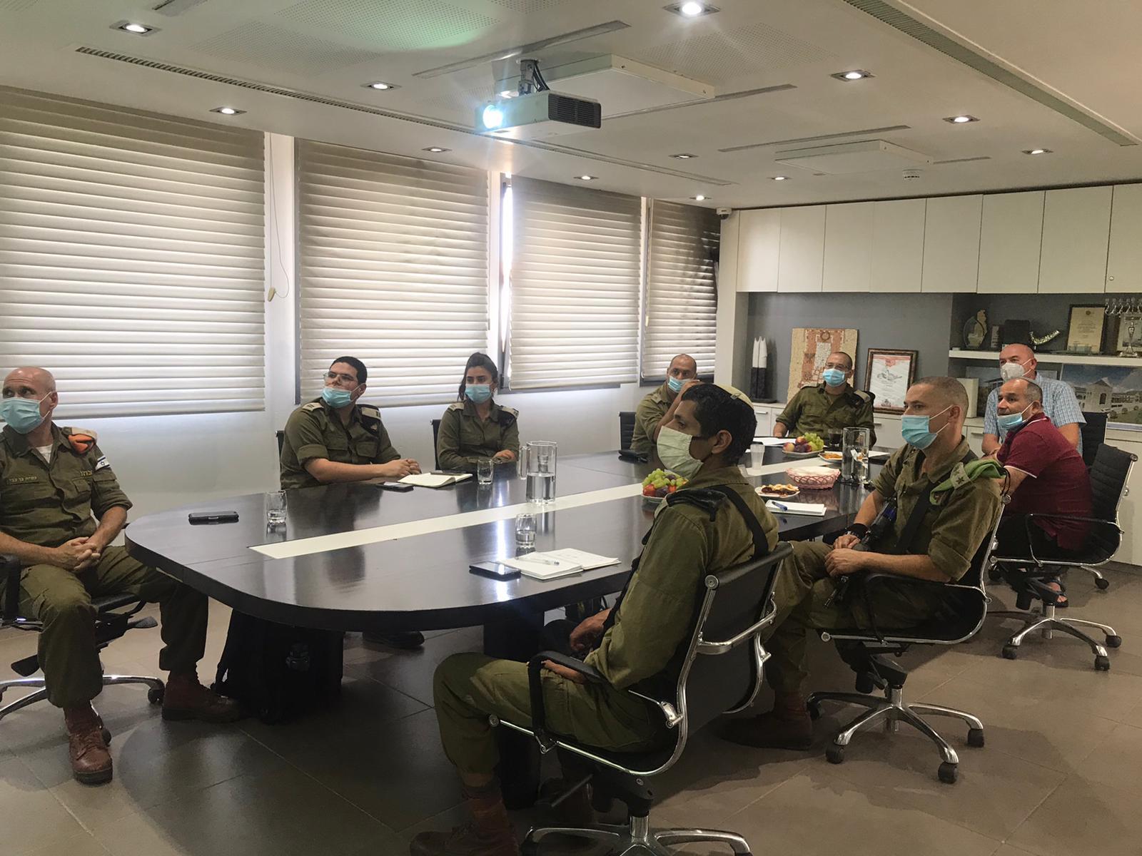 """ביקור מפקדי צה""""ל בקצרין"""