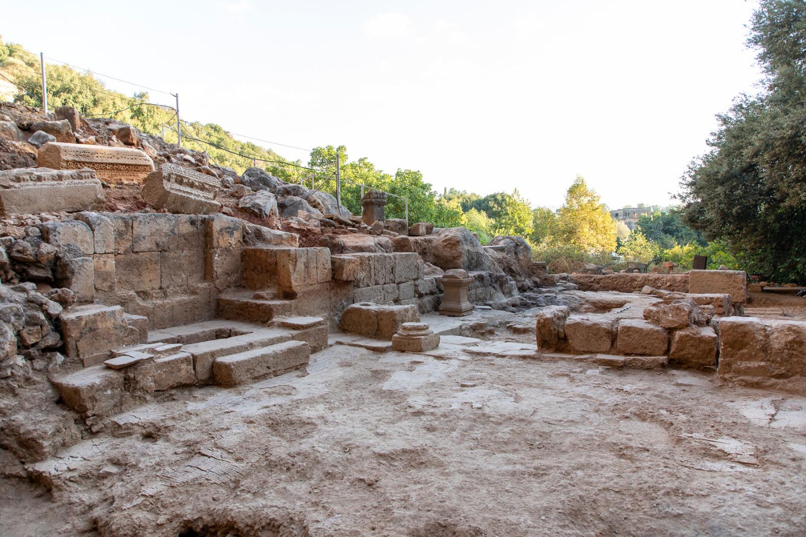 כנסייה מהתקופה הביזנטית שהוקמה על בסיס מקדש לאל היווני פאן התגלתה בשמורת מעיינות הבניאס