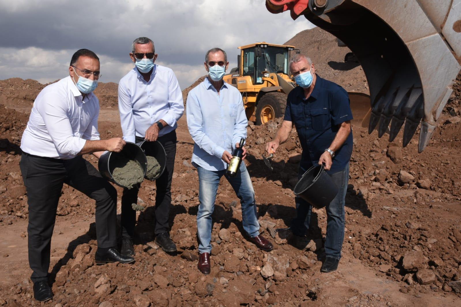 הונחה אבן הפינה להקמתו של המבנה החדש של יקב רקנאטי בפארק התעשיות דלתון בהשקעה כוללת של 50 מיליון שקלים