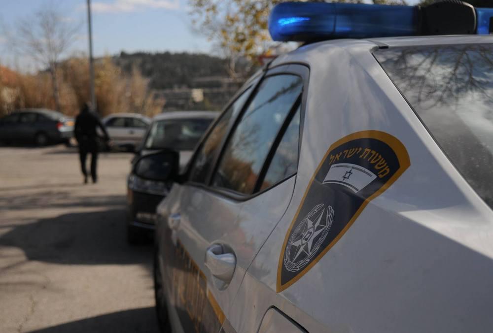 """שוטרי משטרת ישראל עצרו 2 קטינים בחשד להשחתת קברו של רב העיר צפת לשעבר הרב לוי ביסטריצקי ז""""ל"""