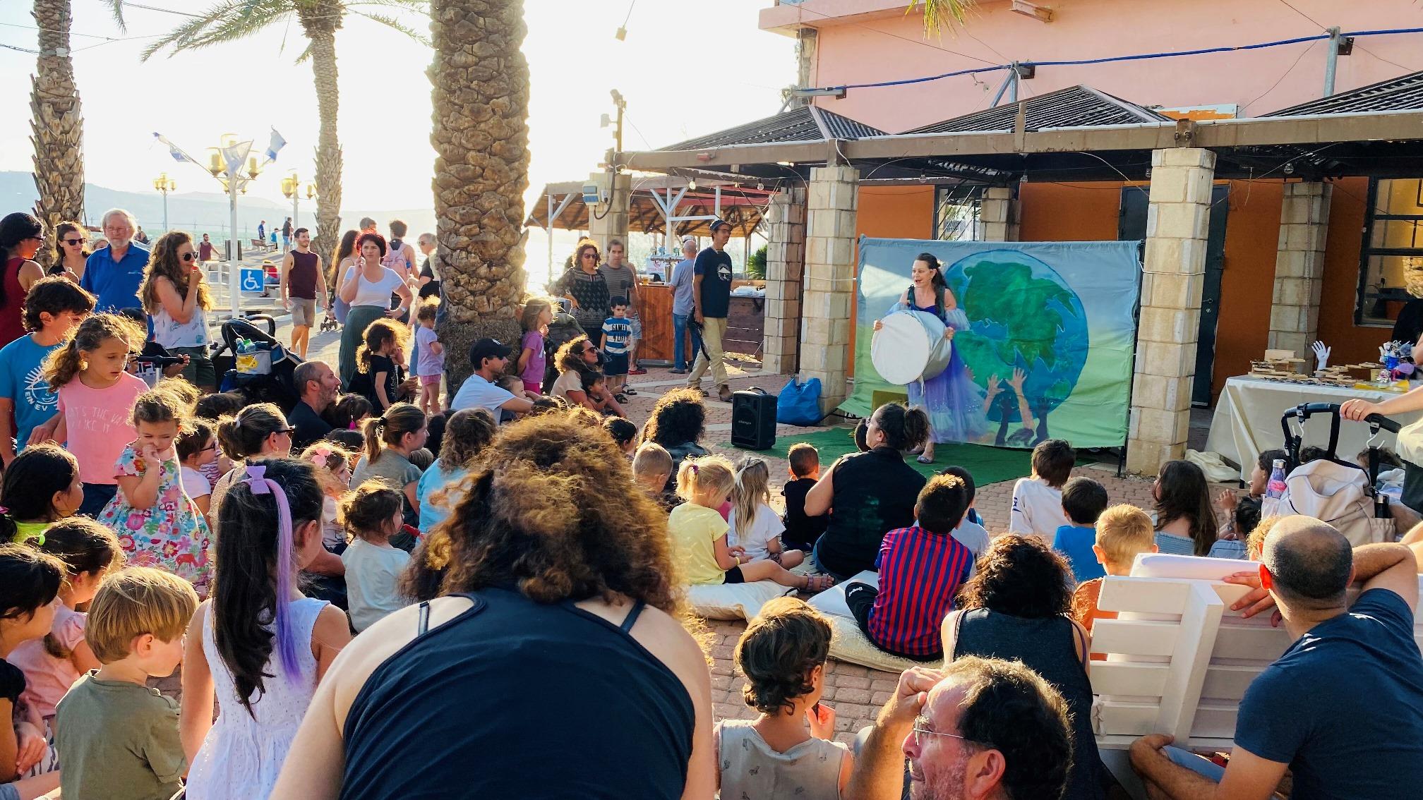 חמישי בנמל – חגיגת קיץ בנמל עין גב על שפת הכנרת הכניסה חופשית