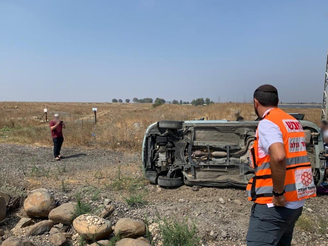 שישה פצועים קל מתוכם פעוט ושני ילדים כתוצאה מהתהפכות רכבם בסמוך למושב נטור שבדרום רמת הגולן