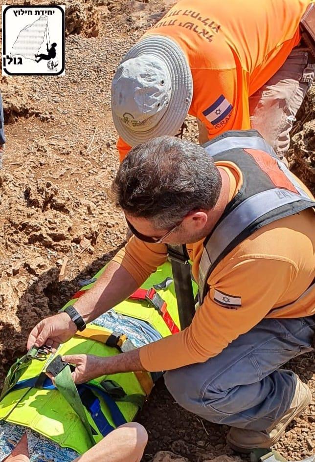 יחידת חילוץ גולן חילצו אישה בת 67 שנחבלה ברגלה בנחל הבניאס
